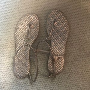 Tory Burch thong sandals like new condition